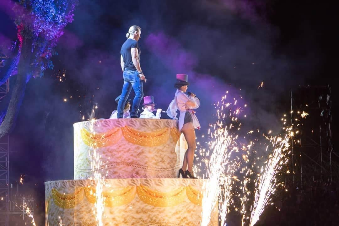 Фото - Спецэффекты на концерте С Днем рождения Украина! от Didzher Effects