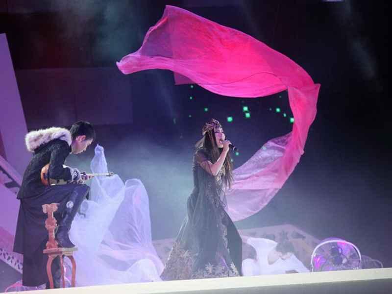 Фото - Летающая ткань на Turkvision-2014 от Didzher Effects