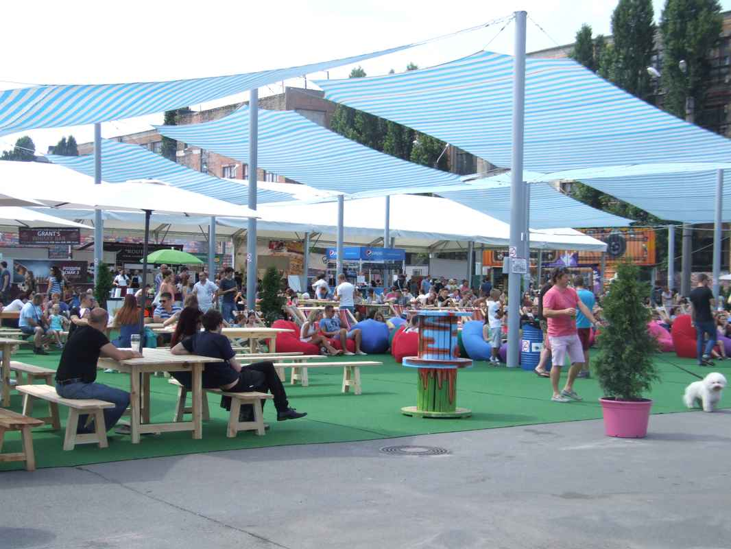 Фото - Тенты Унифлекс на 7-м фестивале уличной еды от Didzher Effects